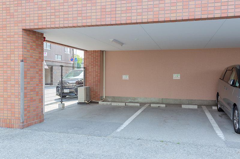 駐車場はありますか?